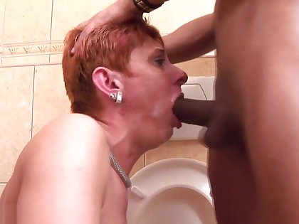 Mature Toilet Piss slut pt 5 1080p