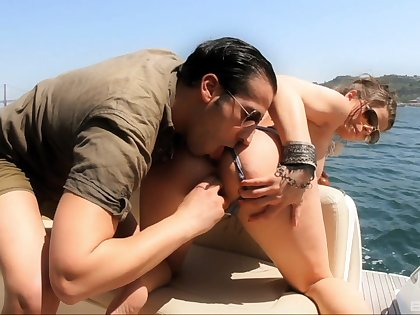Pussy categorizing and arse fucking on be passed on private speedboat with Shirley