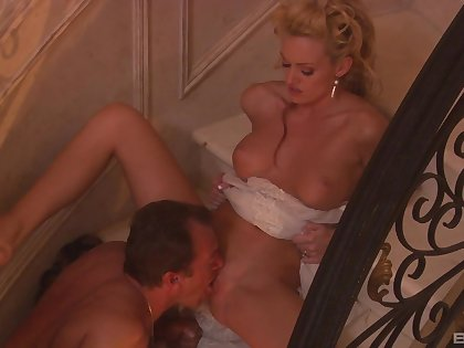 Licentious wife Monica Making an end of fucked on the agreeable with and covered with cum