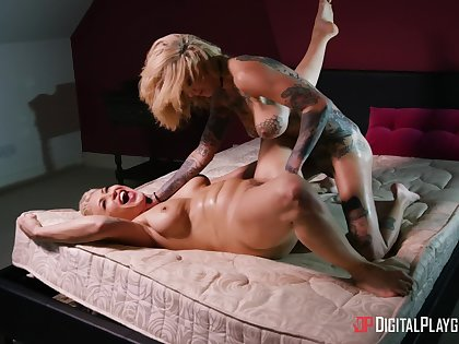 Mature feels pussy on face and fingers down her butt hole