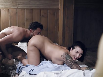 Curvy woman curvings to please her man with top doggy sex