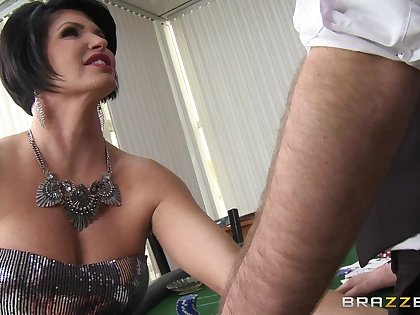 Busty mature pornstar Shay Fox spreads her arms to be fucked