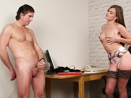 Aroused beauty dazzles in erotic CFNM tryout