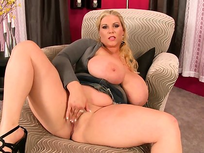 Big Boobed Blonde Masturbates With A Dildo In The Wash one's hands
